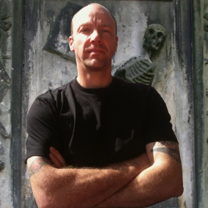 Alan Baxter Author pic